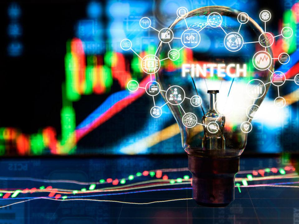 Sólo el 22% de los consumidores sabe lo que es una Fintech, según un estudio de ADICAE